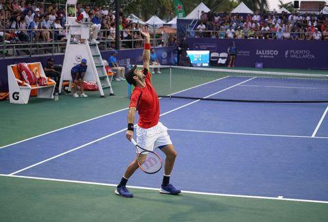 Adrian Menendez 2 challenger puerto vallarta tenis malaga